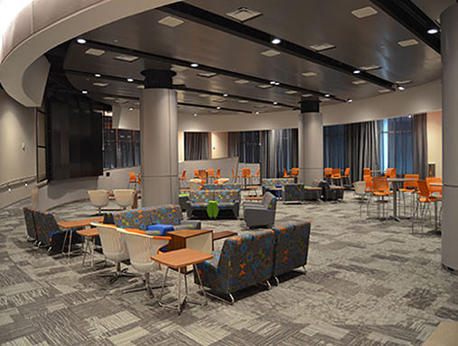 Destination Lounge opens in South concourse